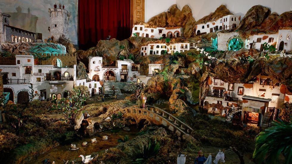 En el salón parroquial de Verín está el Belén da Viruca