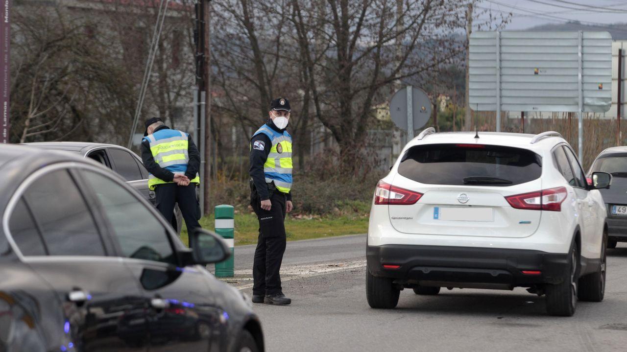 Foto de archivo de un control de la Policía Local en Monforte de Lemos
