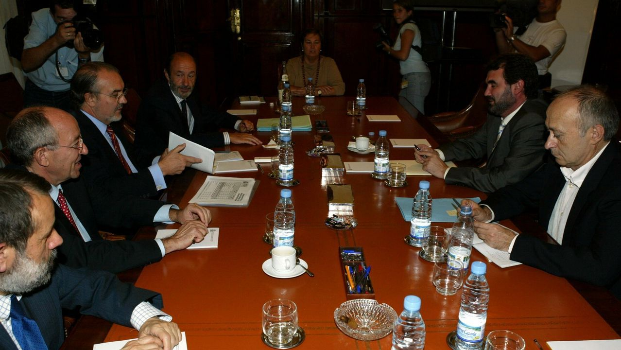 Imagen del 2004 durante una reunión con el BNG para tratar los Presupuestos Generales del Estado