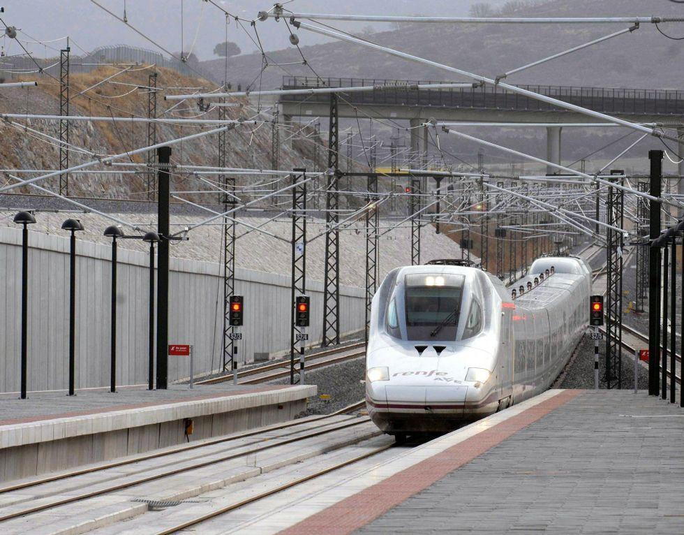 Obras en la variante de Pajares.En el AVE y larga distancia, circularán el 72 % de los trenes.