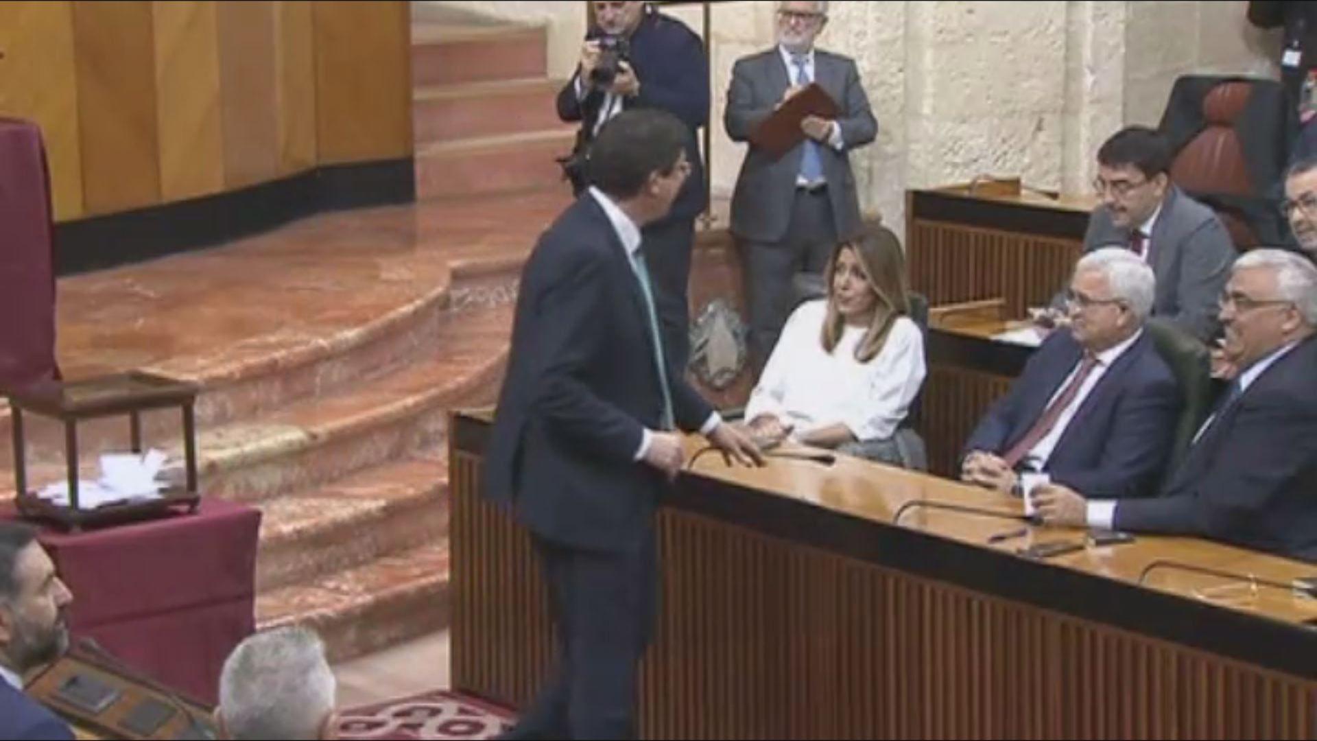 Moreno pidió este viernes a Ciudadanos y a Vox que abandonen tacticismos para no frustrar el cambio