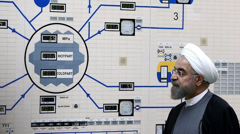 El presidente Rohaní en una visita a la central nuclear de Bushehr