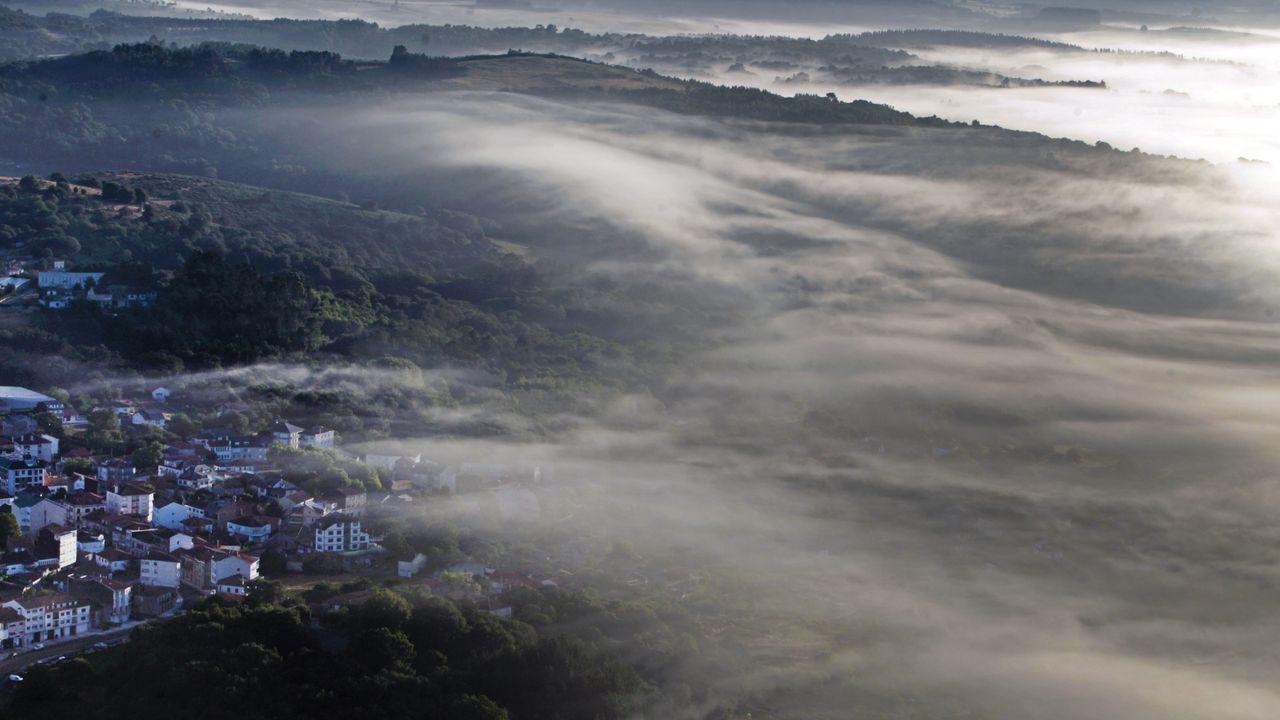 La niebla es un factor determinante para decidir por dónde volará el globo