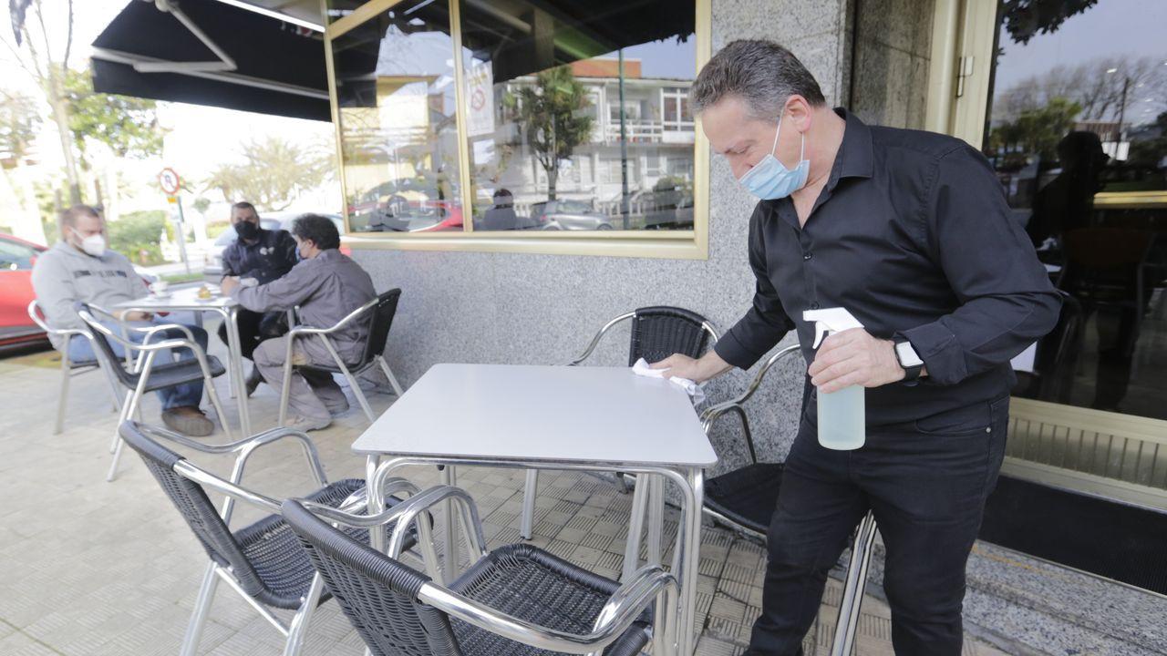 Cafetería Marty, en Santa Cristina (Oleiros).