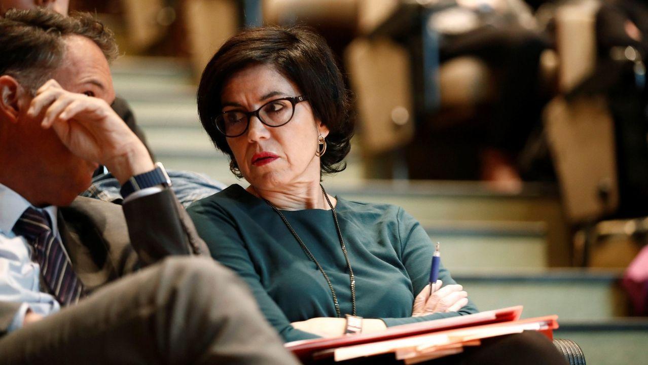 La jueza Pilar de Lara, en el mes de noviembre, entrando en el juzgado
