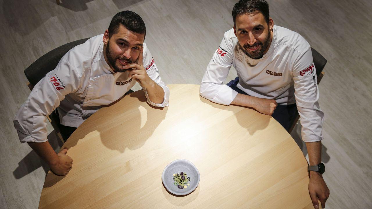 NOVA. Daniel Guzmán y Julio Sotomayor son especialistas en cocinar el sabor de su tierra con innovación.
