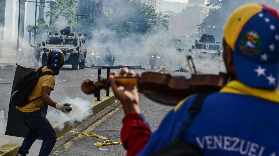 Las diez imágenes que resumen lo que está sucediendo en las protestas en Venezuela
