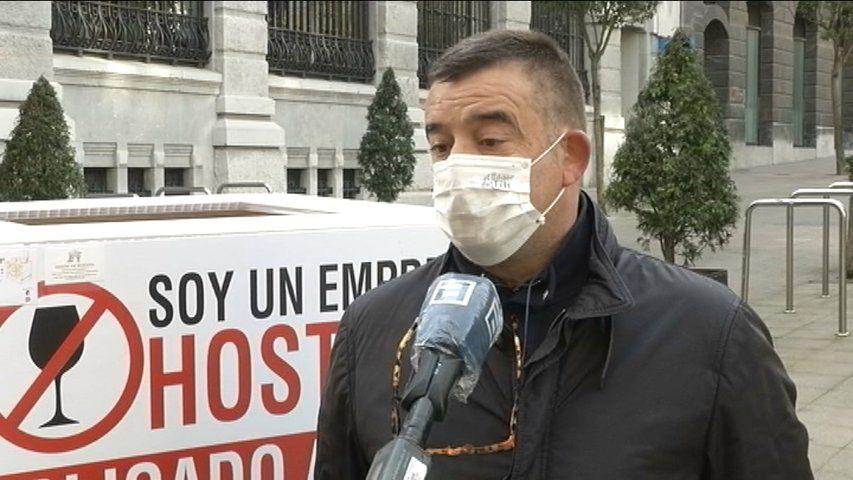 El asturiano Pablo Rodríguez lanza su primer poemario