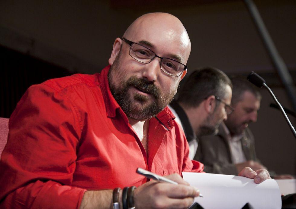 Rivadulla Corcón asinará libros esta tarde na librería Biblos de Betanzos