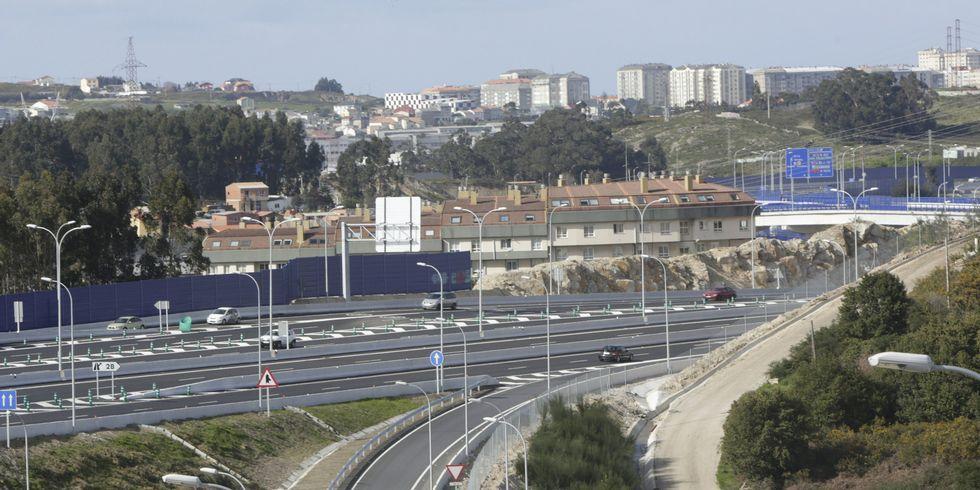 <span lang= es-es >Novo Mesoiro</span>. Los tejados de los inmuebles del barrio más joven de la ciudad son una de las vistas exclusivas desde la tercera ronda.