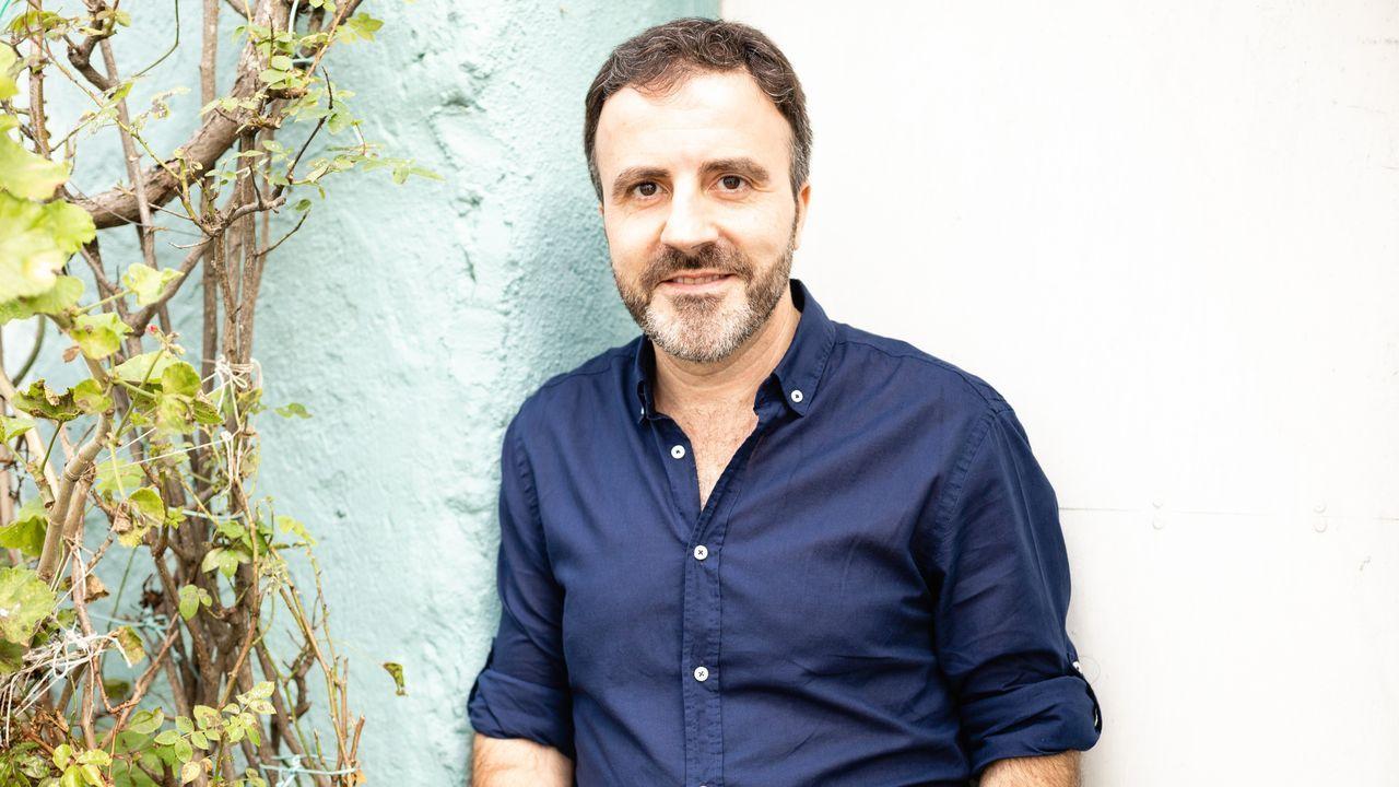 Labraña entregará exemplares da súa última obra na biblioteca do CEIP Nicolás do Río, en Cedeira, que leva o seu nome