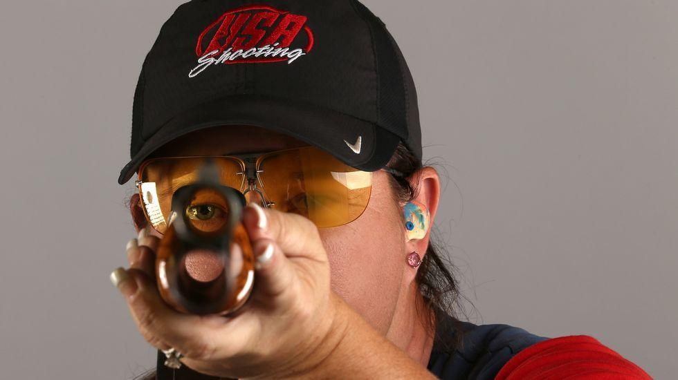 El tirador Kim Rhode posa durante el reportaje