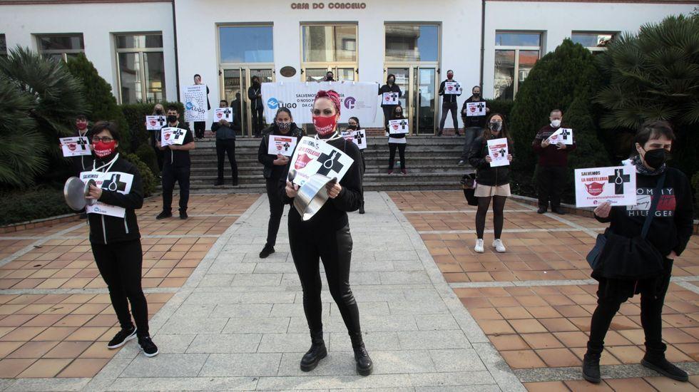 Protesta de hosteleros contra el cierre forzoso de sus negocios el pasado mes de noviembre en Monforte