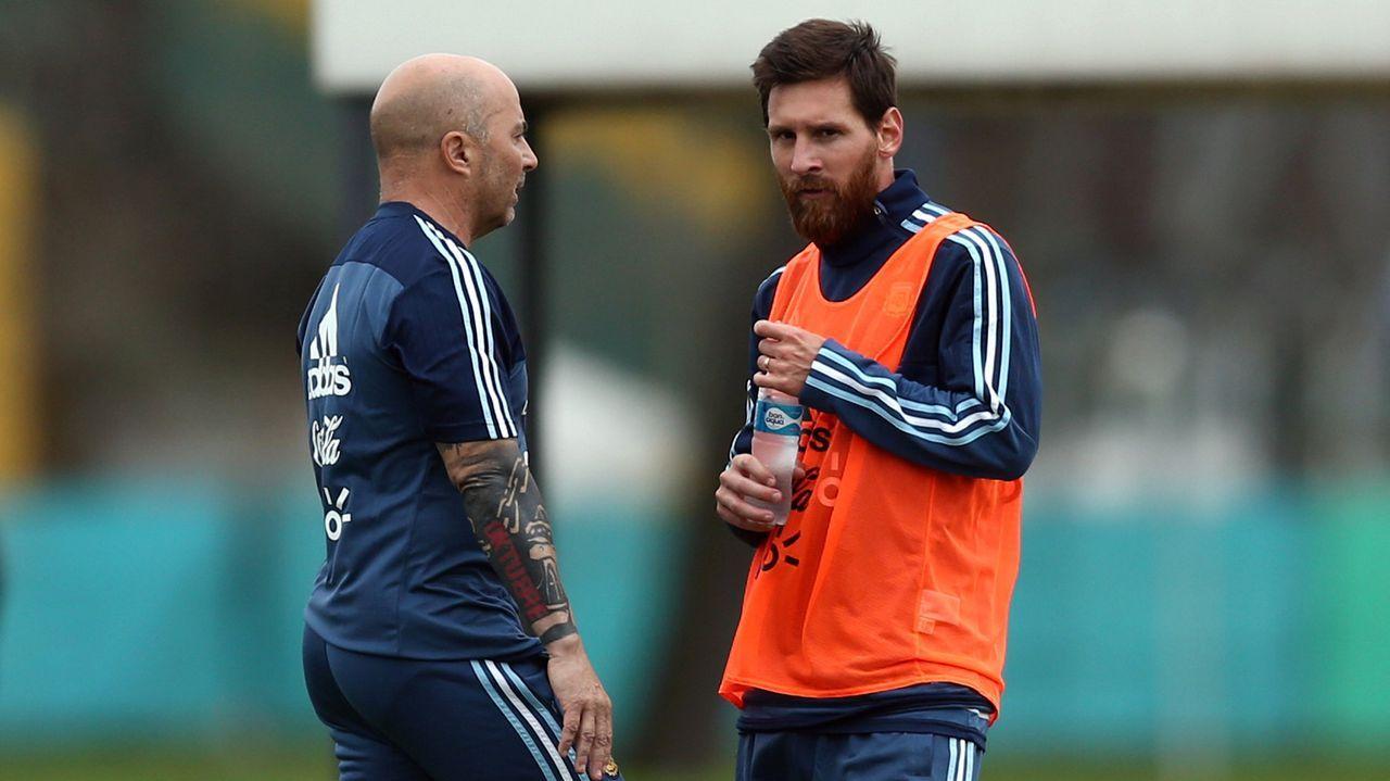 Así ven a Messi.... en la selección española.Julen Lopetegui