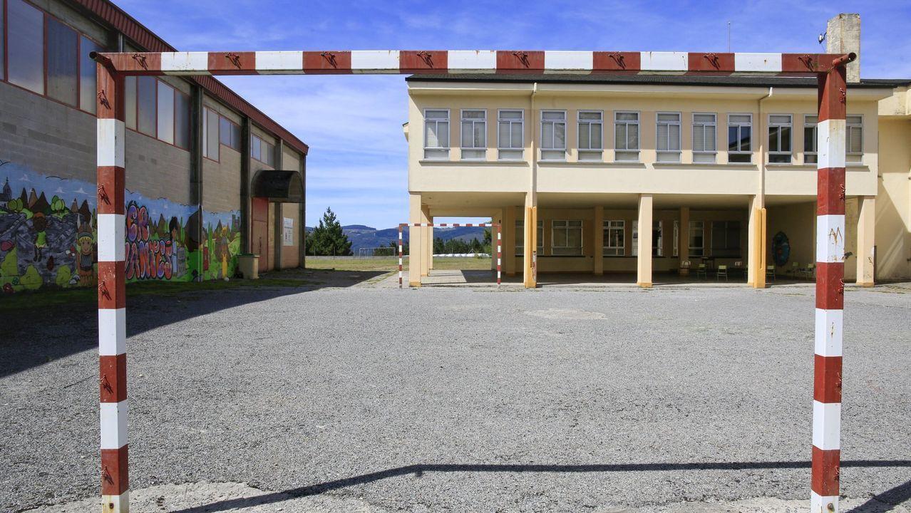 Exterior del colegio de Cervantes