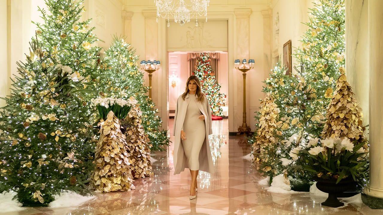 Así es la Navidad de Donald Trump.Luces de Navidad en A Coruña: La Marina