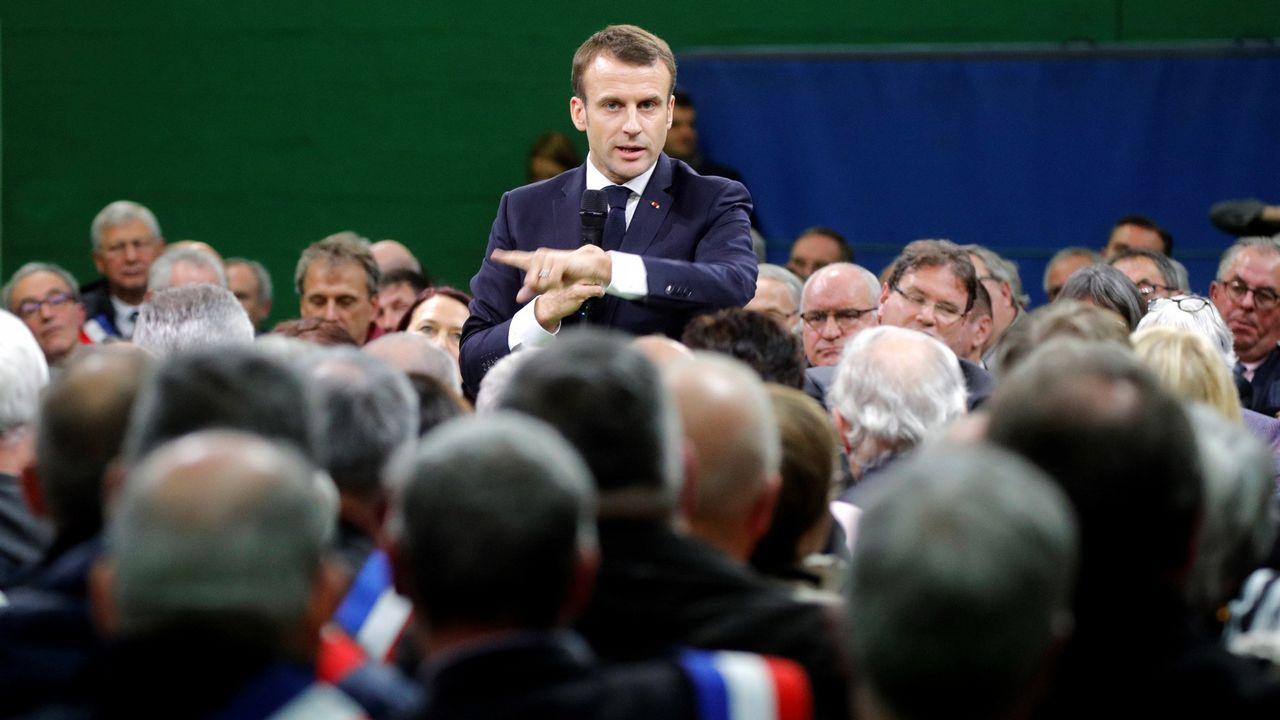 Emmanuel Macron, en un momento de su intervención ante los alcaldes de Normandía
