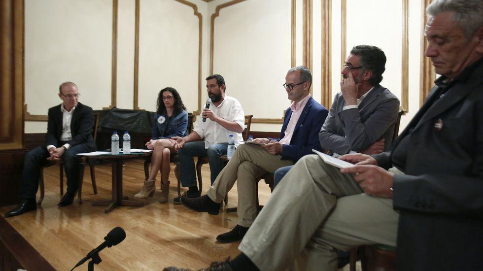 Los candidatos a la alcaldía de Ourense participan en un debate electoral