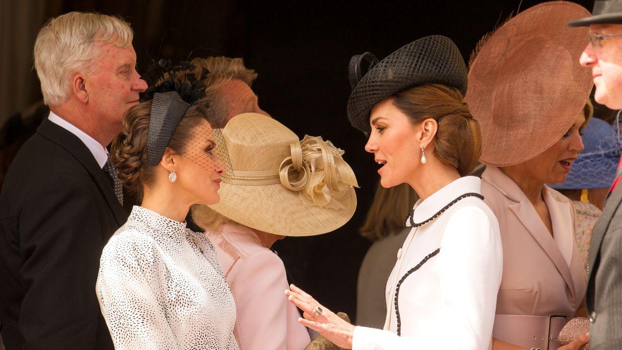 Letizia conversa con Camilla mientras que Máxima de Holanda charla con Kate Middleton