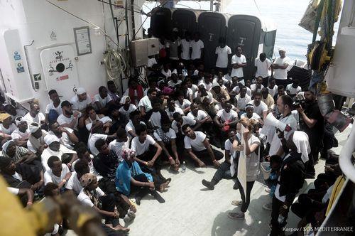 629 inmigrantes a bordo del Aquarius
