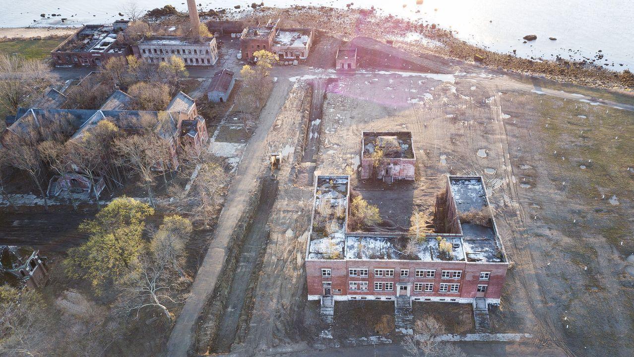 Cercano al Bronx, este cementerio es el más grande de la ciudad y donde suelen acabar personas sin recursos