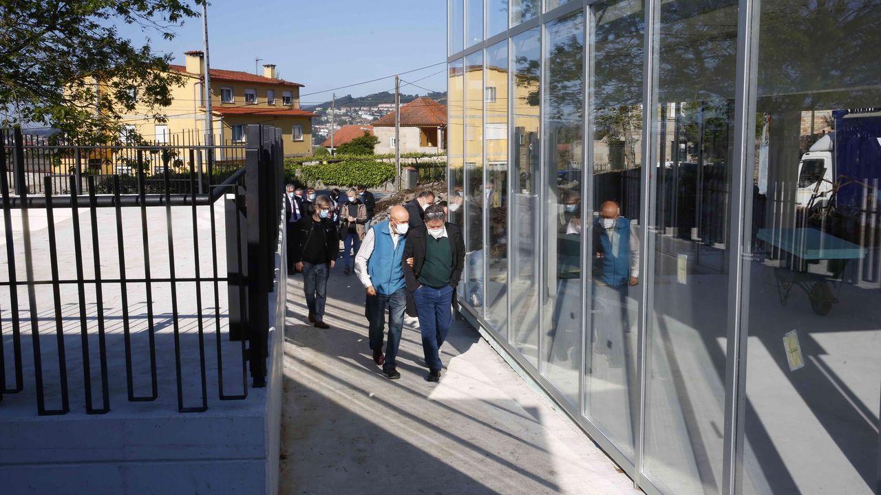 Así es el nuevo «núcleo de centralidade» en Os Campos.Entrega del premio del certamen literario de Viaqua a Aloia López Martínez, alumna del IES Frei Martín sarmiento, de Pontevedra