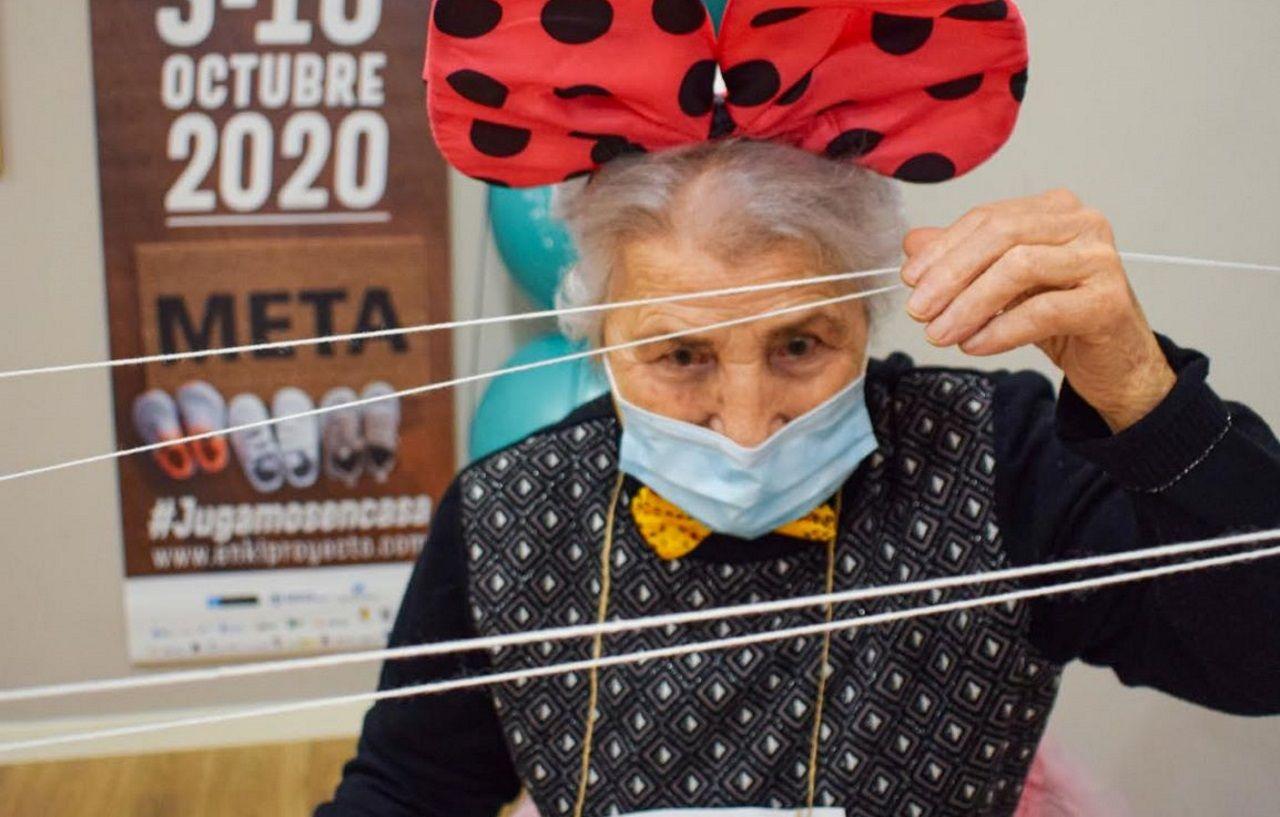 En la carrera Enki de obstáculos participaron personas de todas las edades, incluido algún centenario