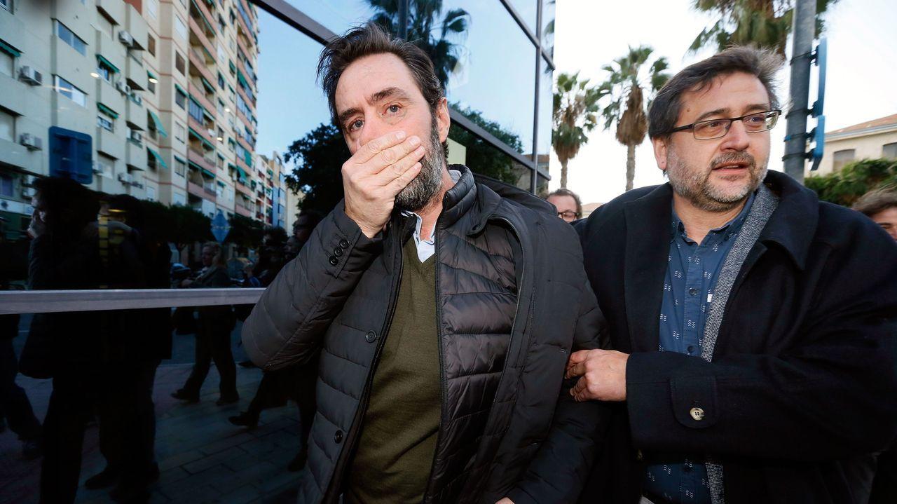 Miguel López, el principal encausado, salió llorando de los juzgados tras escuchar el veredicto de absolución