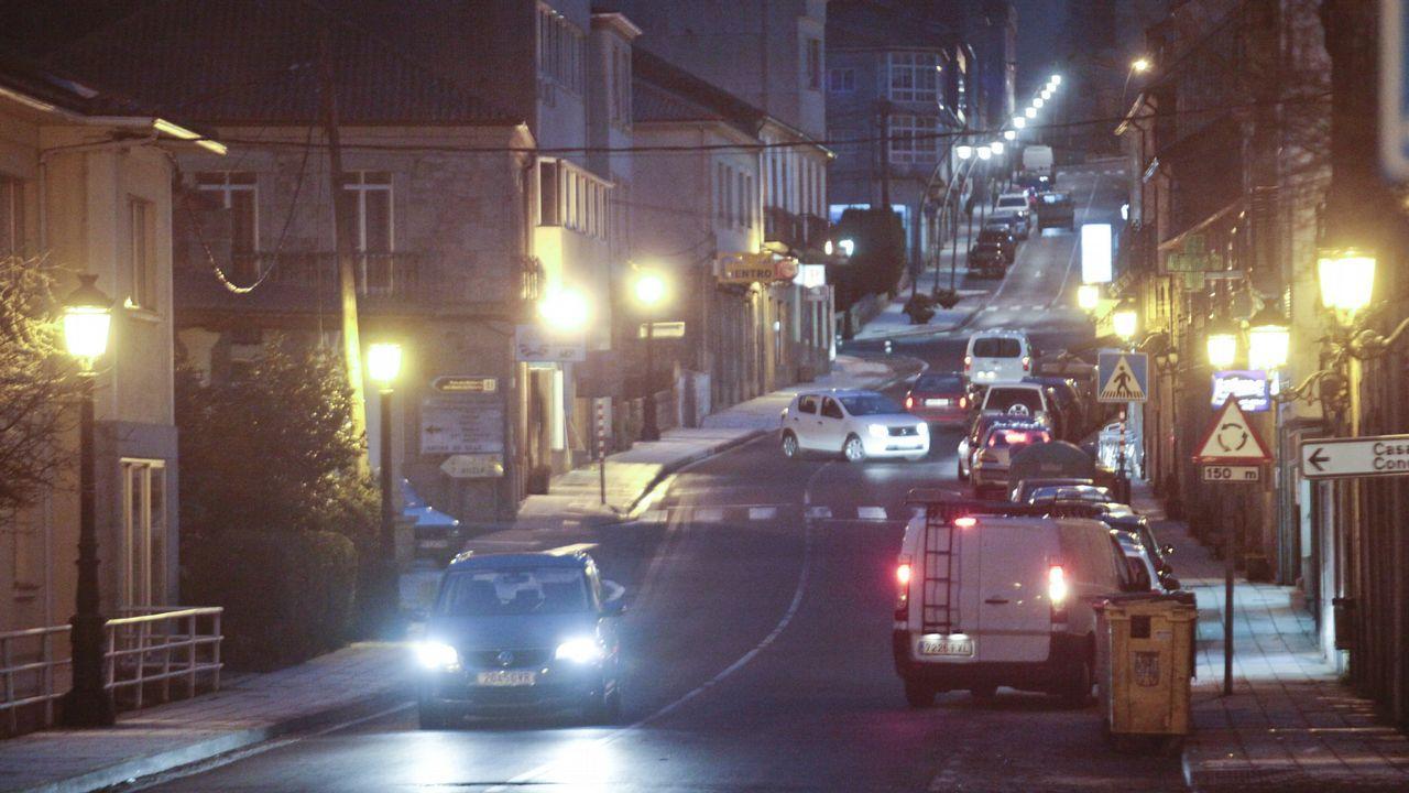Rodeiro - En este ayuntamiento pontevedrés el número de farolas duplica al de vecinos empadronados en el término municipal