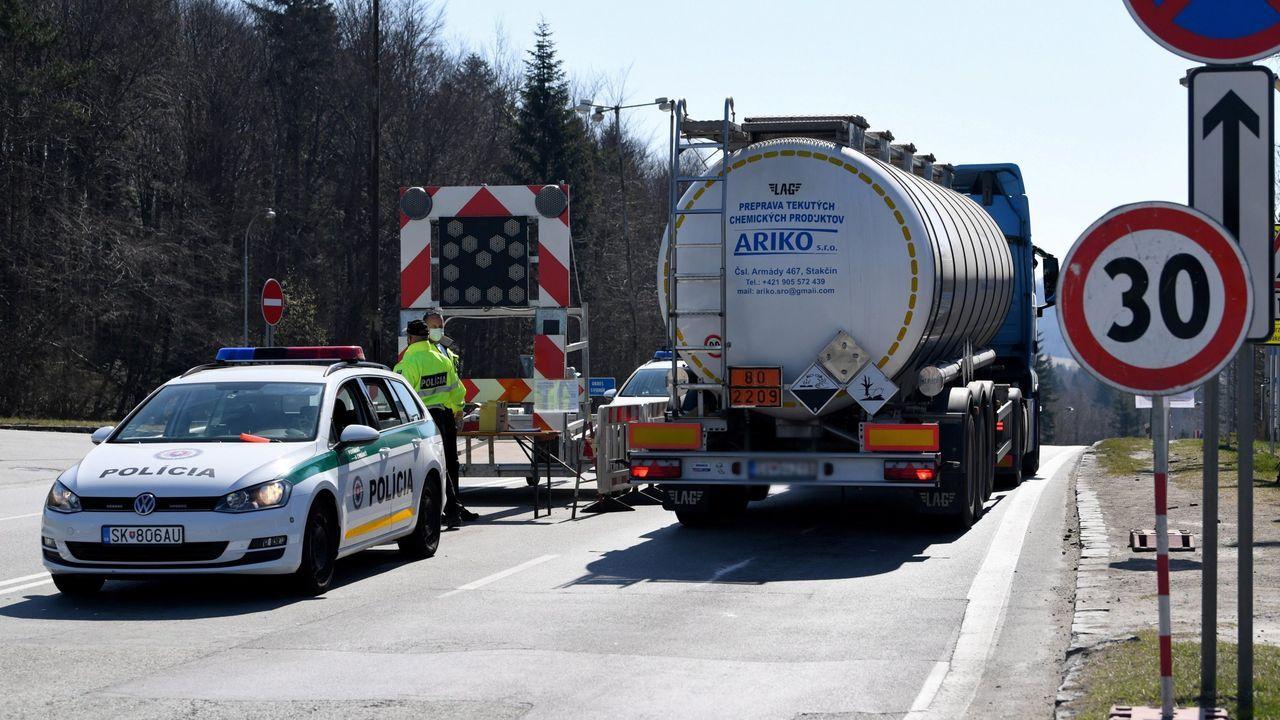Punto de control fronterizo entre Polonia y Eslovaquia