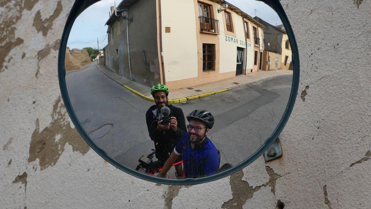 Senén Rouco y Iago García, en Mansilla de las Mulas