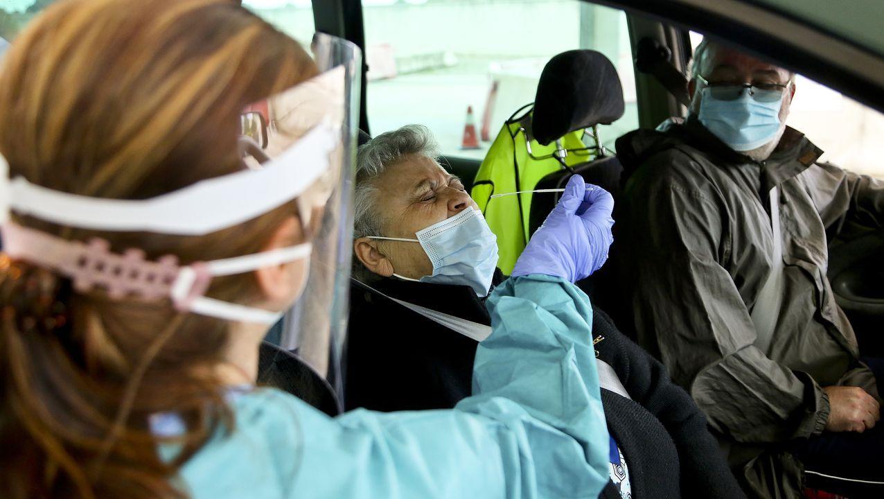 Las pruebas PCR permiten descubrir a las personas que están contagiadas