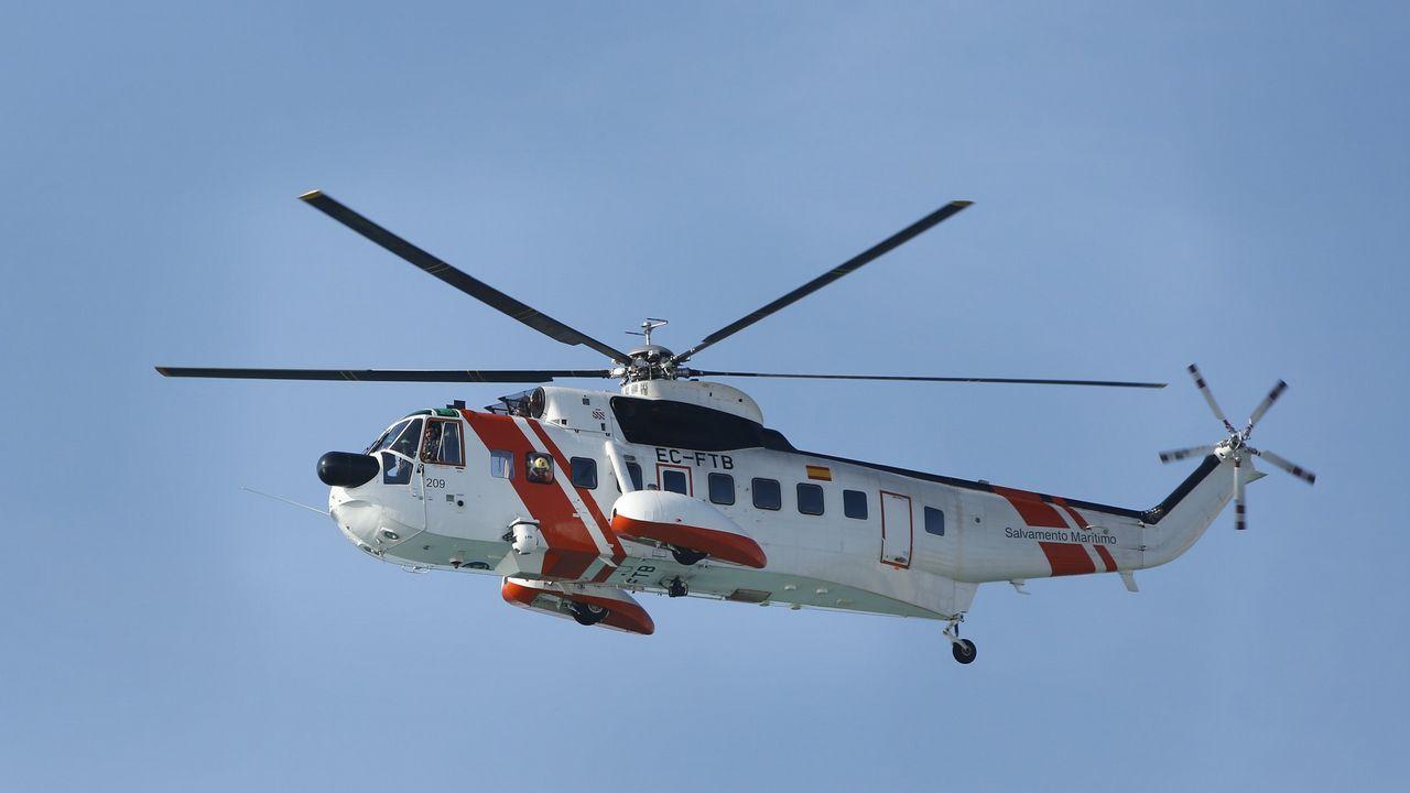 Barcenas Quini Real Oviedo Granada Carlos Tartiere.Imagen del helicóptero Helimer