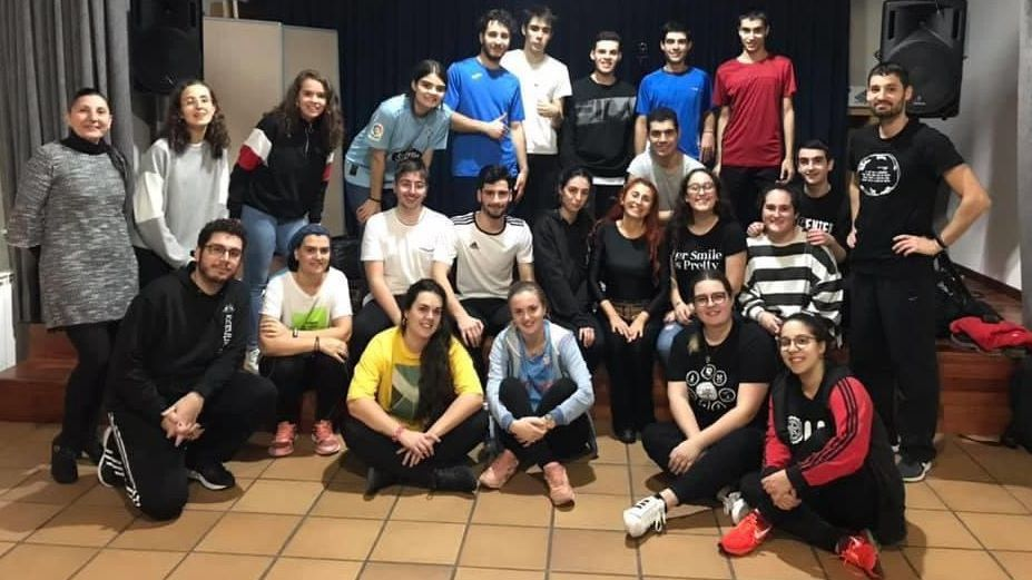 Grupo de música e danza popular Rebulir