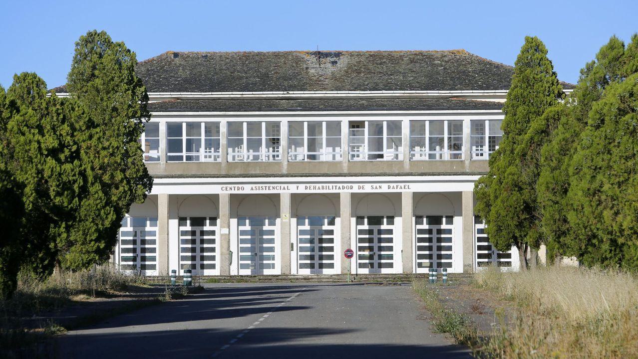 Fachada del hospital, del que se marcharon los internos en el año 2012