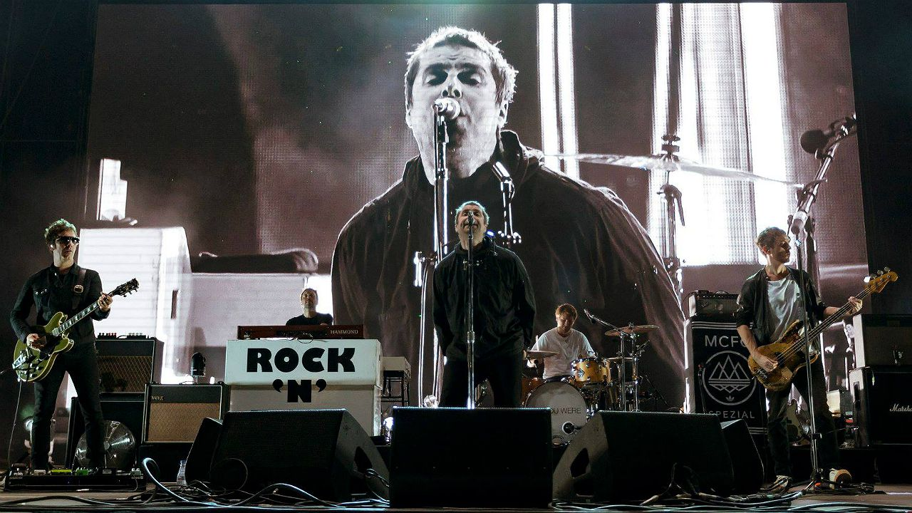 J.P GANDUL | EFE.Liam Gallagher durante concierto en el Festival Internacional de Benicàssim 2018