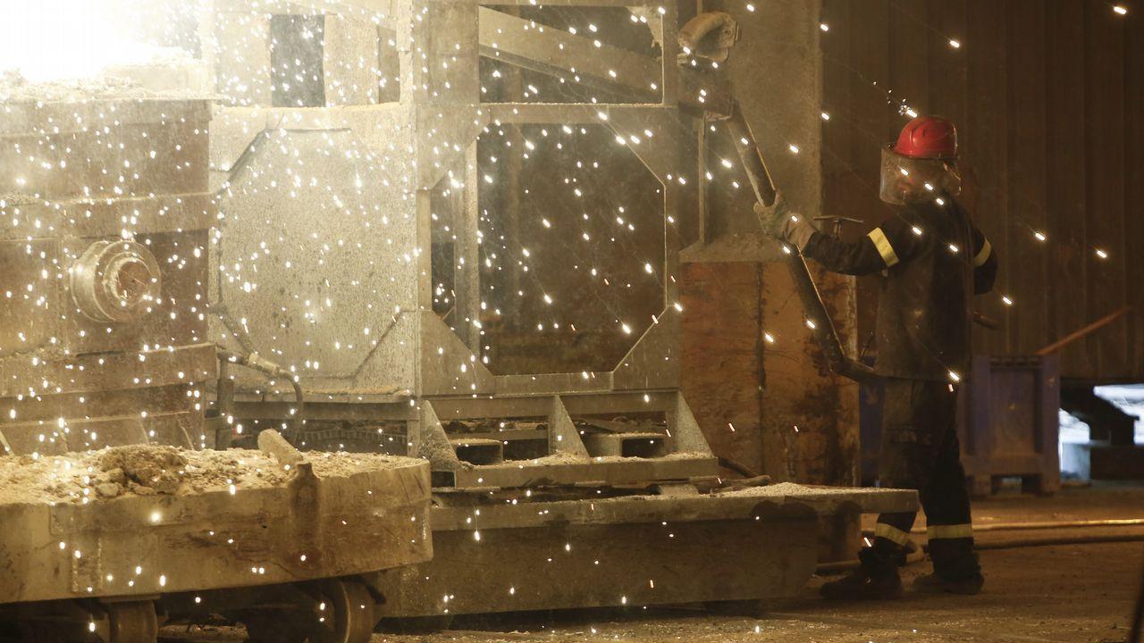 Ferroatlántica elabora silicio en su planta de Sabón, en el concello coruñés de Arteixo