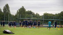 entrenamiento convocatoria Real Oviedo Requexon.La plantilla azul, durante un entrenamiento en El Requexón