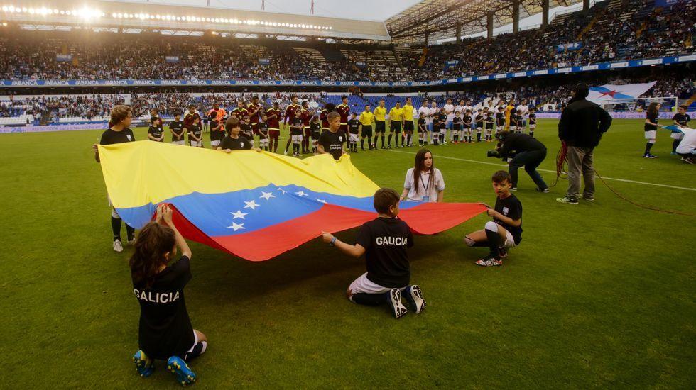 Foto de formación del Galicia-Venezuela del 2016 en el que coincidieron Denis, Sergio, Aspas y Hugo Mallo