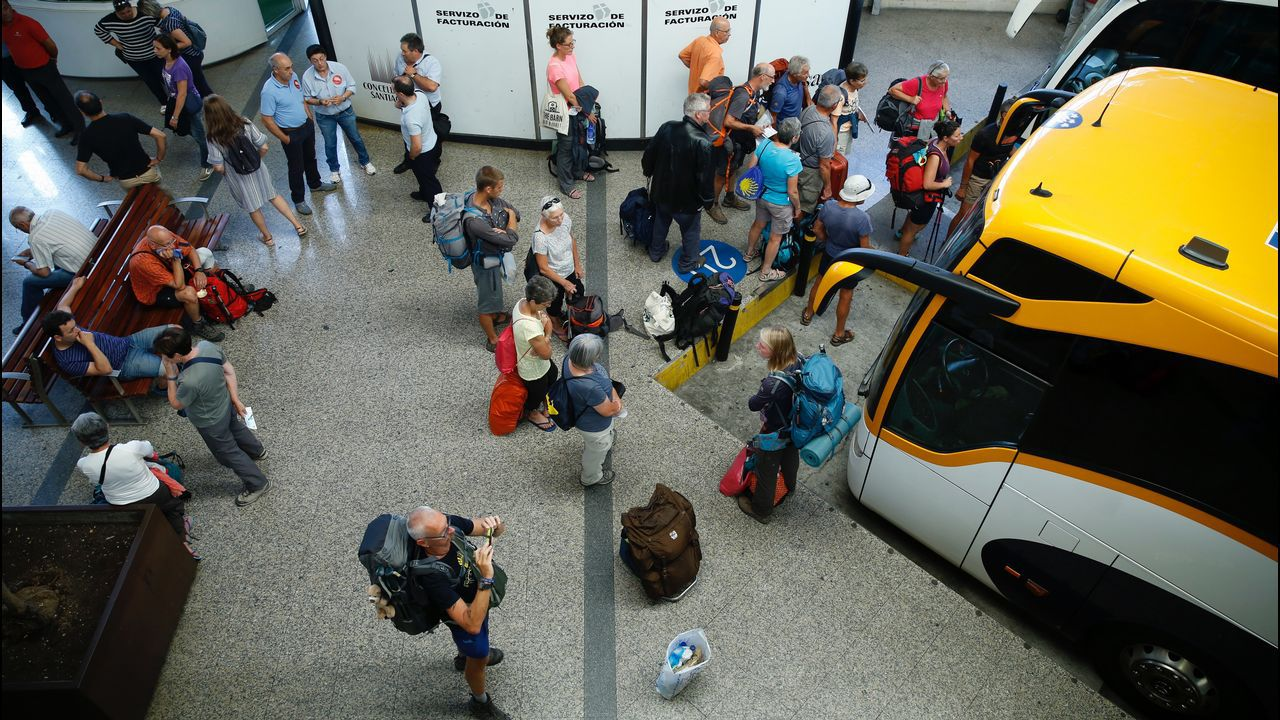 Hitos kilométricos en Galicia.Estación de autobuses de Santiago