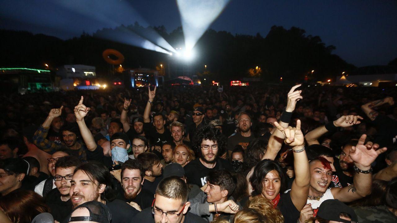 Dave Grohl, vocalista del Foo Fighters, durante show en Alemania