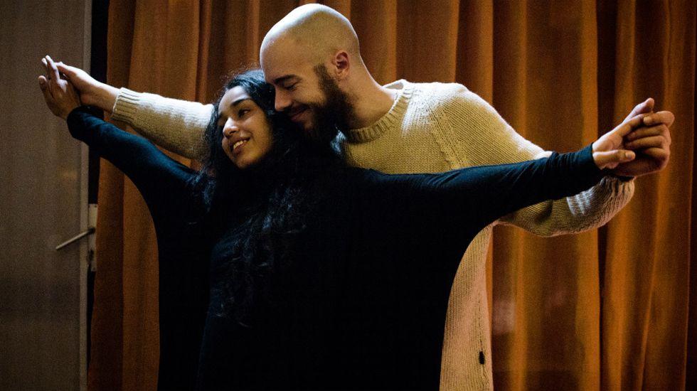 Gil Parrondo con su Óscar.Un momento de la película «Layla M»