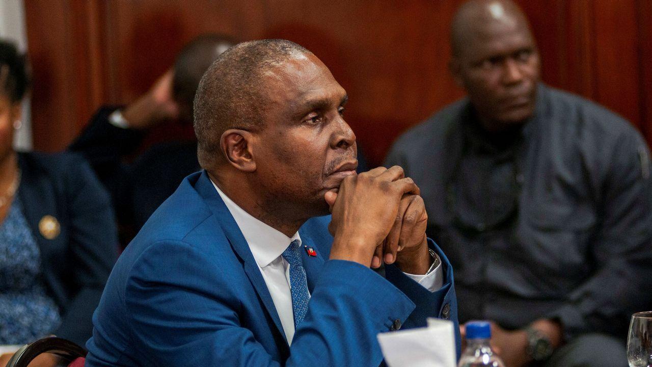 El primer ministro de Haití, Jean Henry Ceant,  durante una sesión de la Cámara Alta