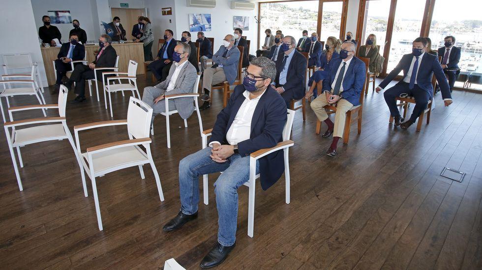 Asistentes al foro celebrado sobre la eurorregión en el Náutico de Sanxenxo