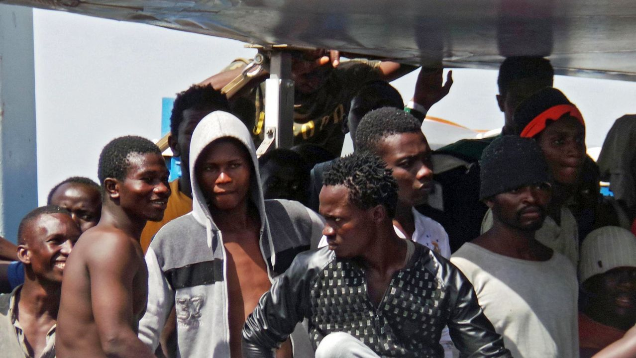 Imagen de archivo de un grupo de migrantes subsaharianos rescatados en el Estrecho de Gibraltar