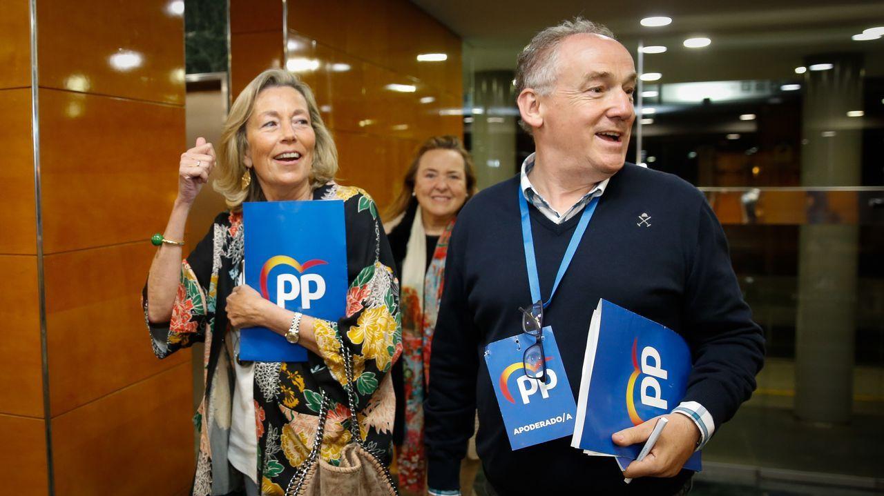 Inés Rey celebra los resultados del PSOE en A Coruña