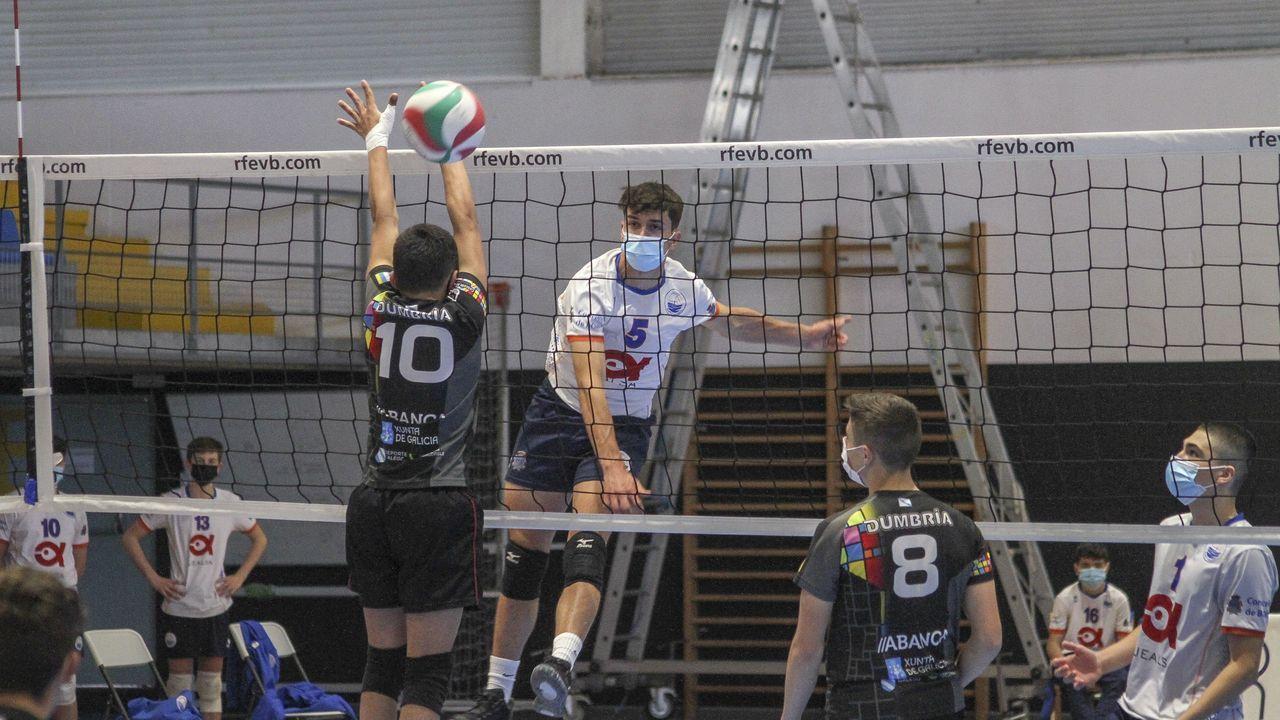 El partido entre el Boiro y el Dubra, en imágenes.Imagen de la semifinal disputada entre el Jealsa Boiro y el Dumbría