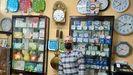 Pepe Ferrer en su relojería