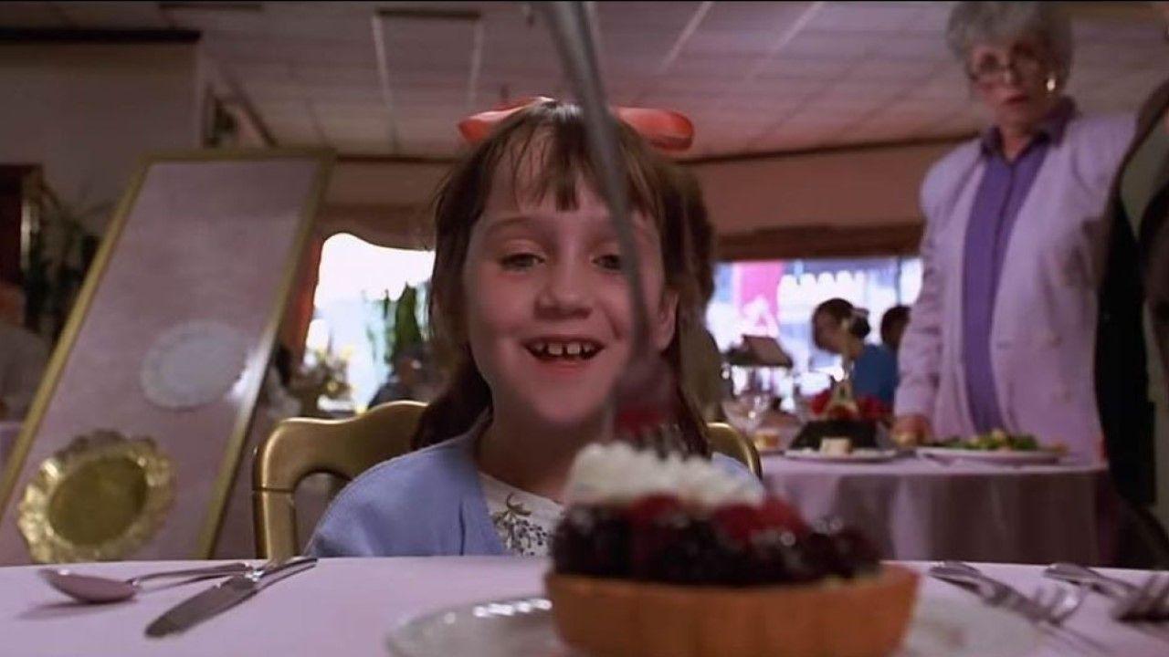 La historia de «Matilda» ha sido llevada ya adaptada al cine. En el año 1996 la protagonizó la actriz Mara Wilson