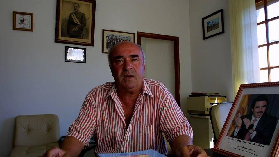 El alcalde de Beade en su despacho, en una foto de archivo